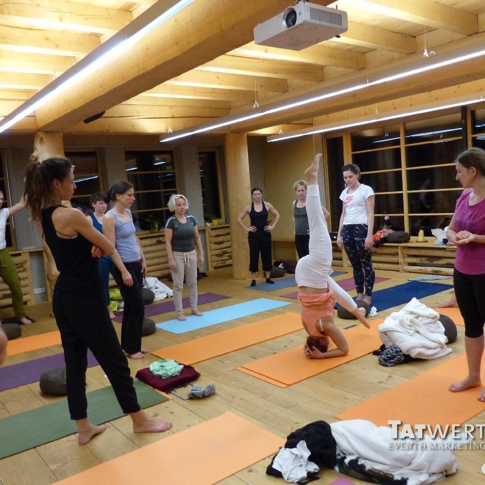 yoga-1-square-galerie